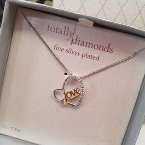 Jewelry - .10ct tw diamond heart necklace